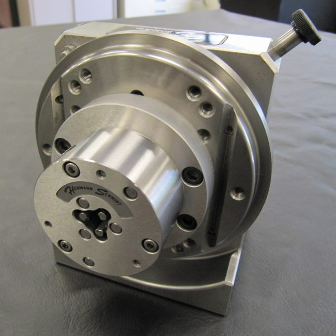 Mounting to a spin grinding head