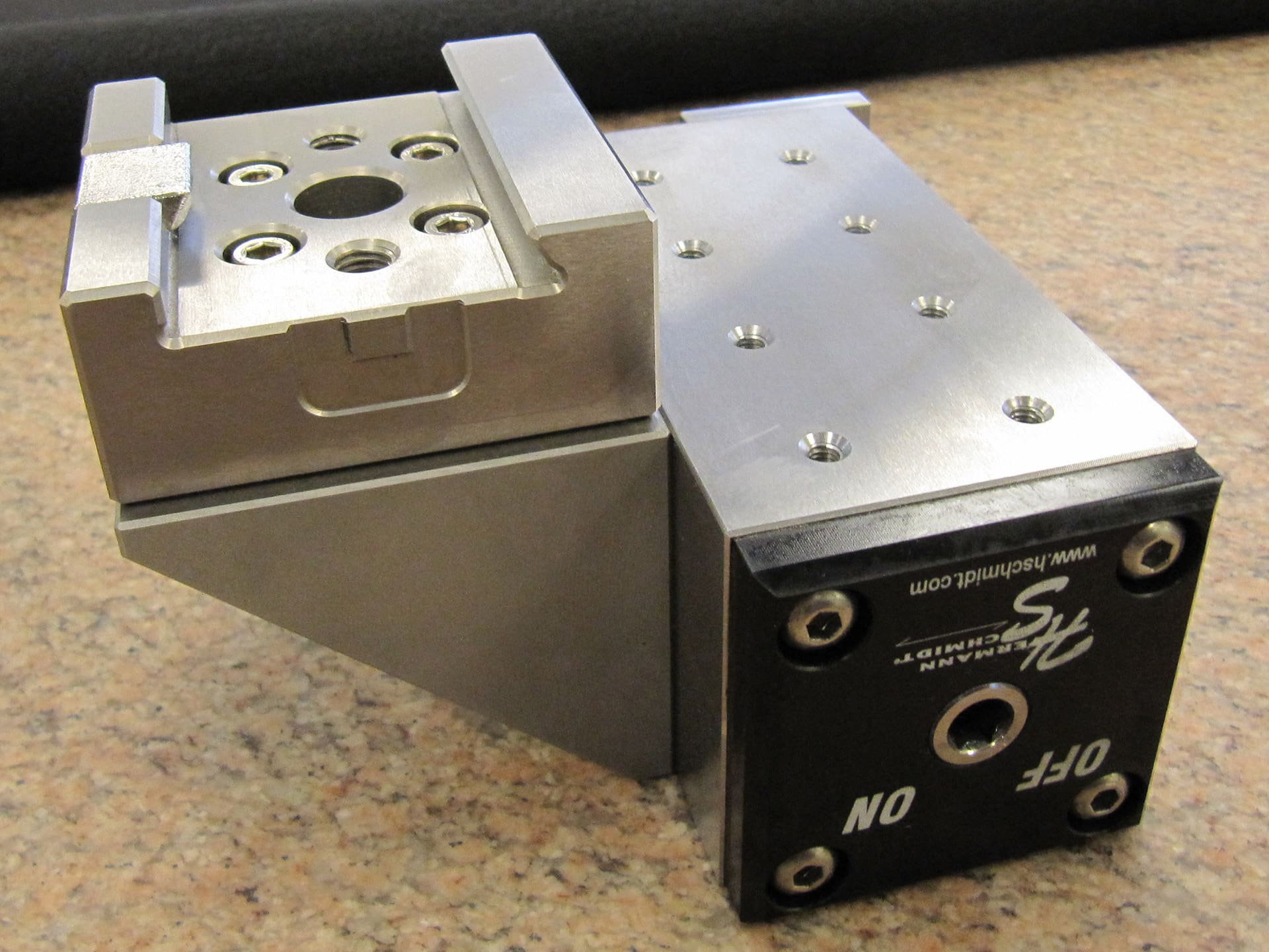 Wire Edm Magnet On System 3r Dovetail Hermann Schmidt