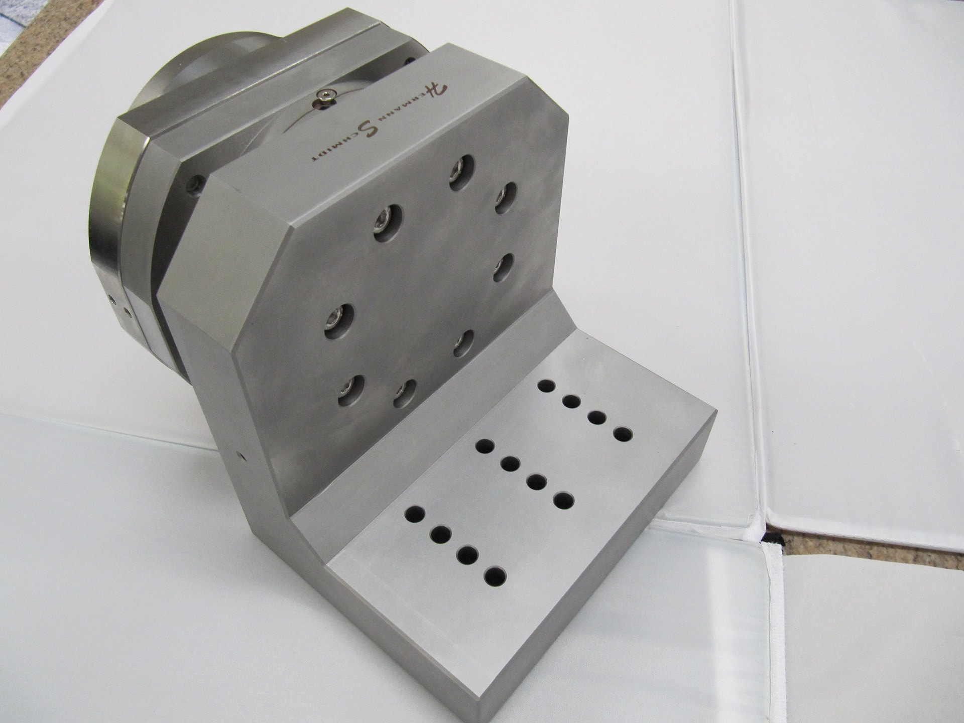 Angle Plate With System 3r Delphin Chuck And Leveling