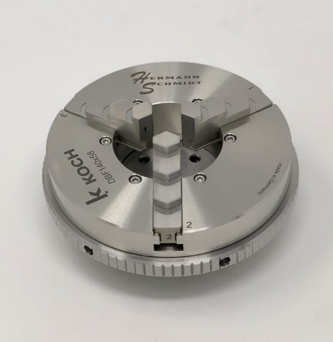 Stainless Steel Scroll Chuck on System 3R Macro