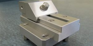 Model VO1 ½ stainless steel vise on Cp50 pallet